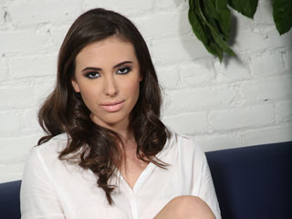 Casey Calvert Alissa Blacks On Blondes