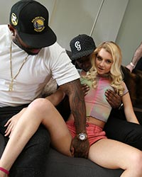 Riley Star Cuckolds